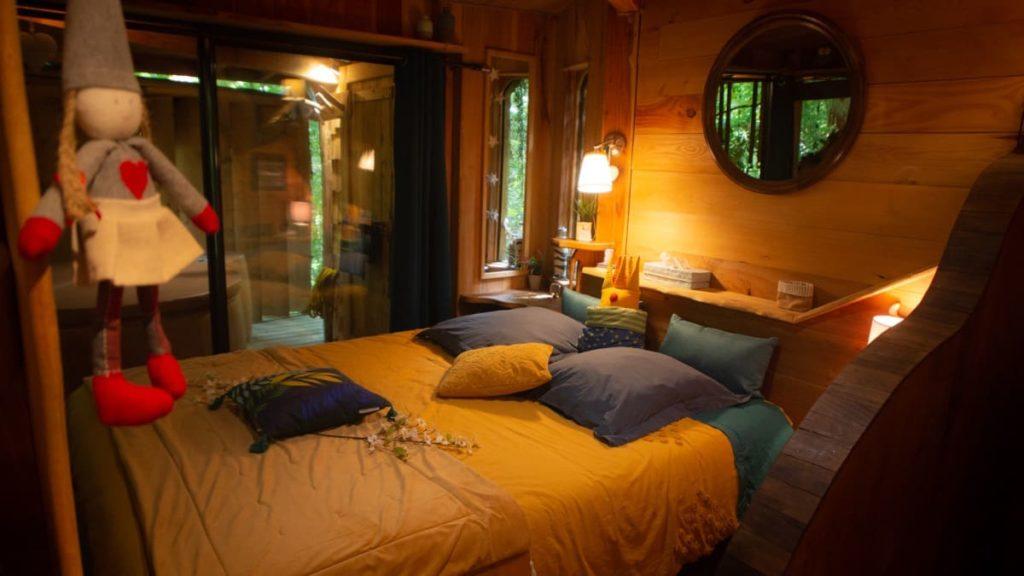 lit de la cabane dans les landes