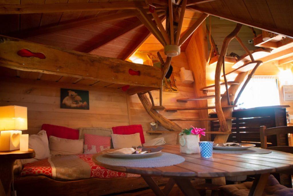 repas dans cabane au pays basque